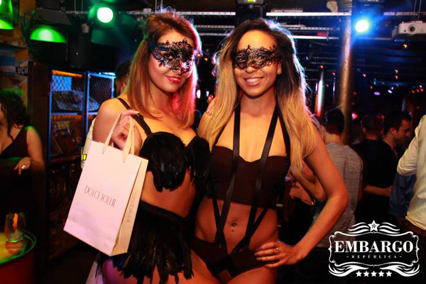 Embargo Republica party with Dolci Follie